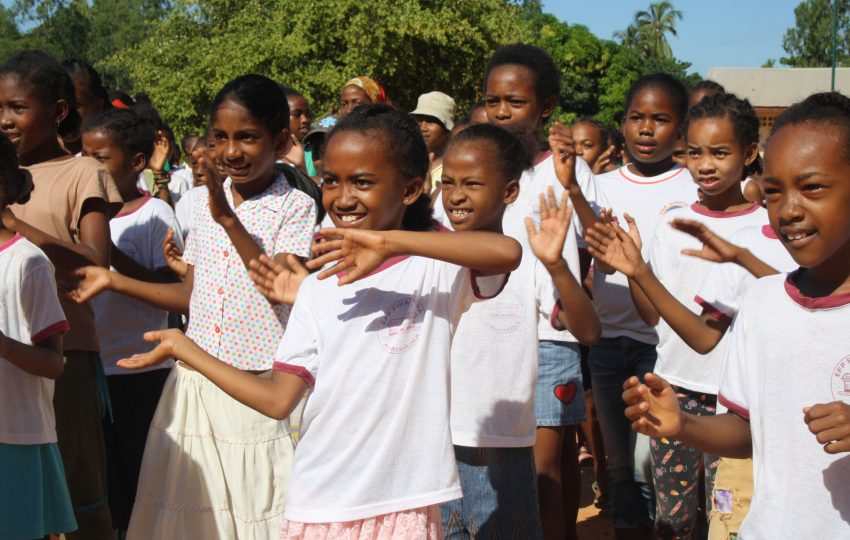 Children celebrating World Water Day in Mahajanga