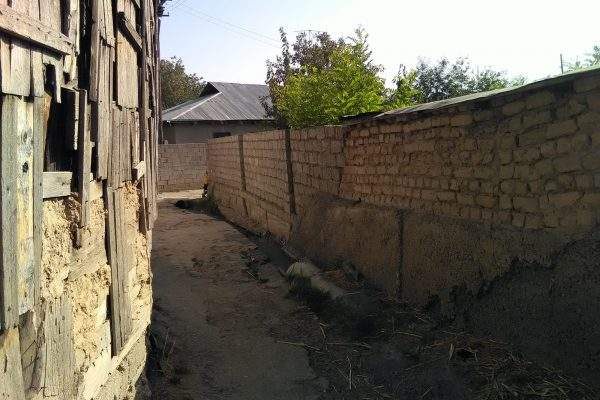 Low-income community in Tajikistan