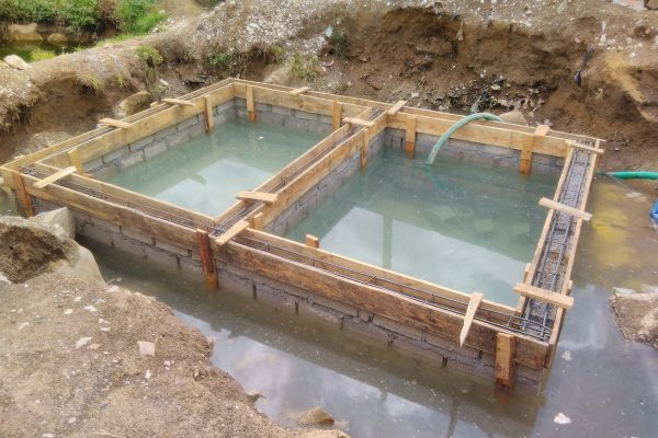 Kanyama flooded pit latrine in construction